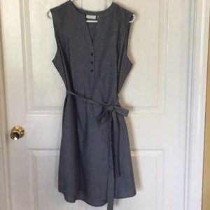 New York & Company Sleeveless Dress Size Large